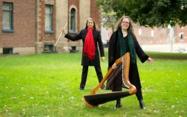 Ron Korb, flutes & Sharlene, harps / photo by Jade Yeh